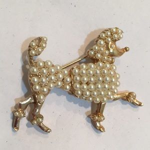 Vintage poodle pin brooch with faux pearls